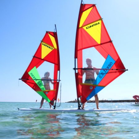 PRIVATE OR GROUP SESSION/BOOK PER HOUR INTRO TO WINDSURF